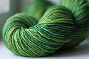DK (Double-Knitting) Weight Yarn
