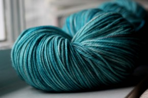 Worsted Weight and Chunky Weight Yarn