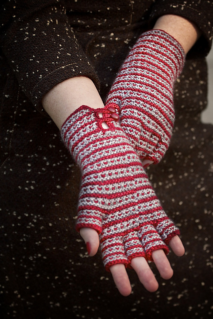 Stella Gloves by Katherine Vaughan